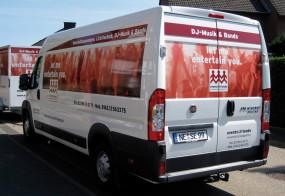 Lieferwagenbeschriftung / events&friends