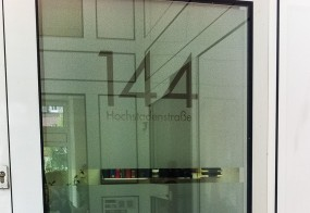 Glasdekorfolie / JINDUSTRY GmbH