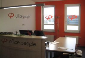 Beschriftung / Office People / Rheydt