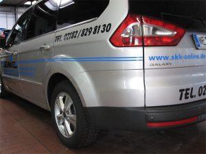 Pkw-Folierung mit Folienschrift auf einem Ford Galaxy für die Schmitz Kaelte und Klima GmbH in Grevenbroich Kapellen.