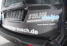 Pkw-Beschriftung / Stahl-Design