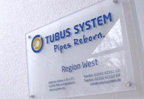 Tubus System / Acrylschild mit Beschriftung