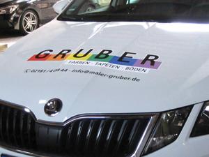 Fahrzeugbeschriftung für das Malerunternehmen Gruber GmbH & CO. KG in Grevenbroich Elsen