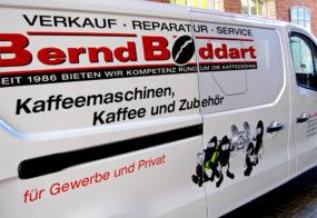 Lieferwagen Beschriftung / Bernd Boddart