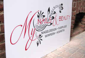 My Nails and Beauty / Schild